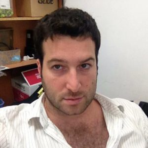אסף ברון, מתכנת, בונה אתרים ותוכנות